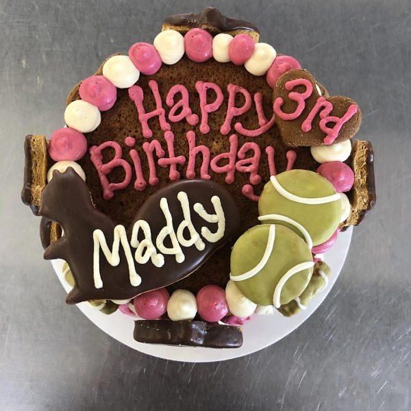 cakes happy birthday maddy