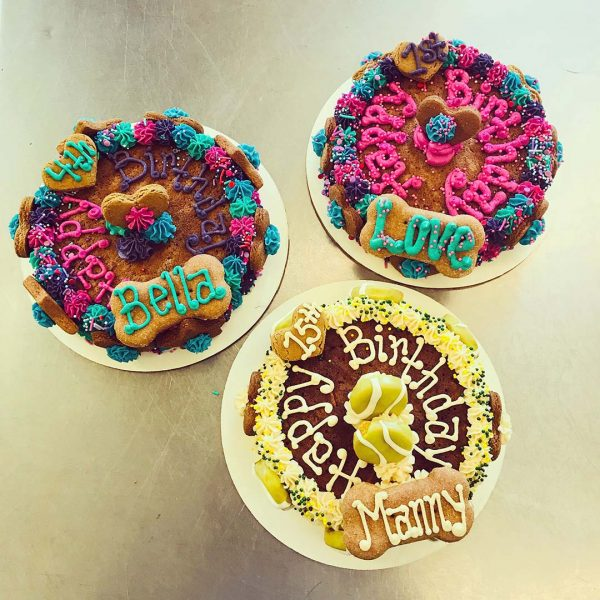 specialty cakes happy birthday sparkles