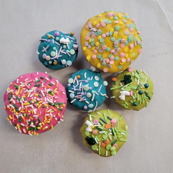 Pup Dog Cakes yellow blue pink