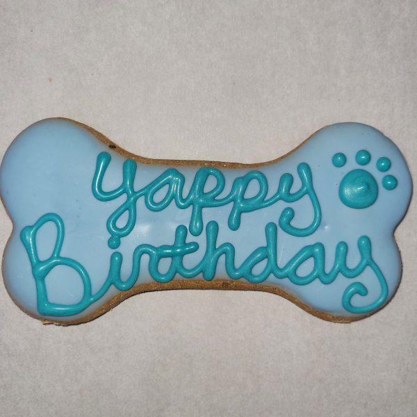 Yappy Birthday Bones blue dog treat