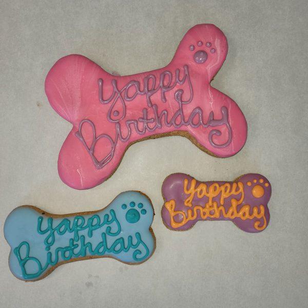 Yappy Birthday Bones trio dog treats